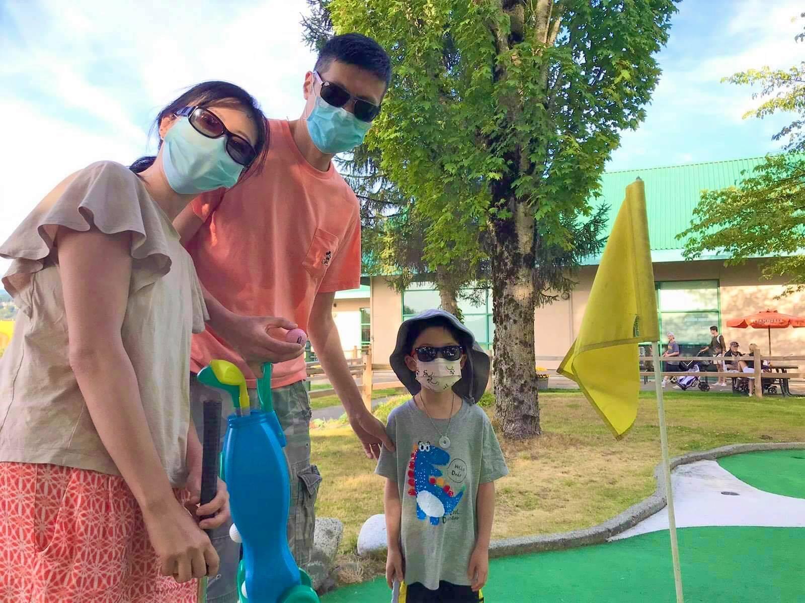 Mini Golf @ Kelowna | Canucks Autism Network Family Experience